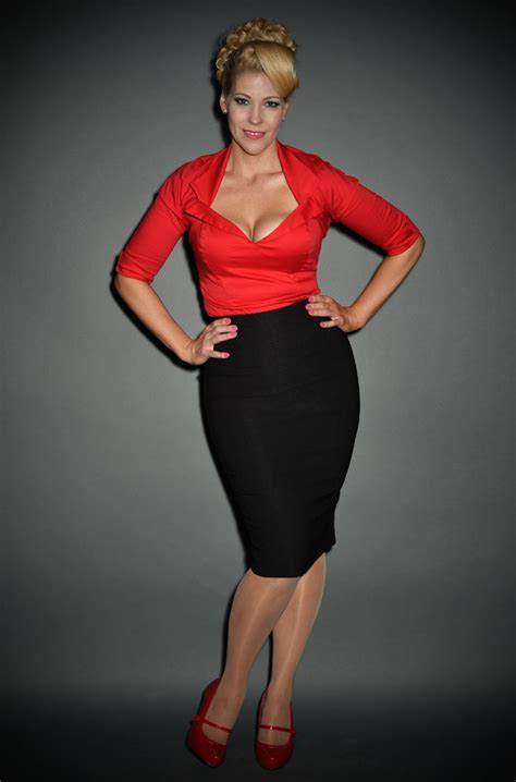 pinup dixiefried pencil skirt in black at