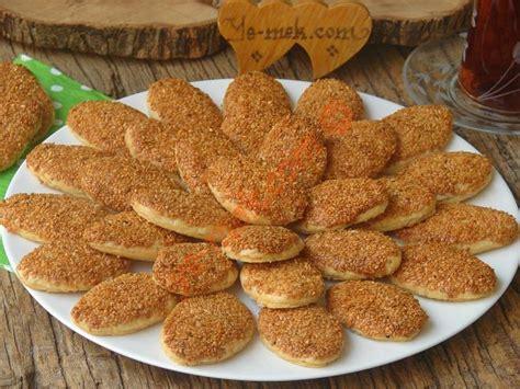 yemek oktay usta tatli kurabiye tarifleri resimli 18 ağızda dağılan tuzlu kurabiye tarifi nasıl yapılır
