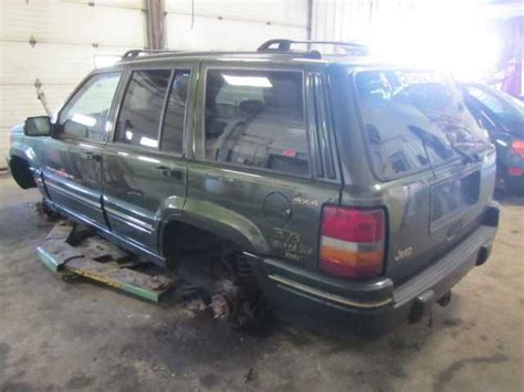 96 Jeep Grand Wobble 96 97 98 Jeep Grand Front Bumper Assy Limited