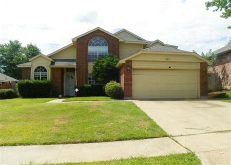 house for sale in arlington tx 1616 barclay dr arlington tx 76018 bank foreclosure info