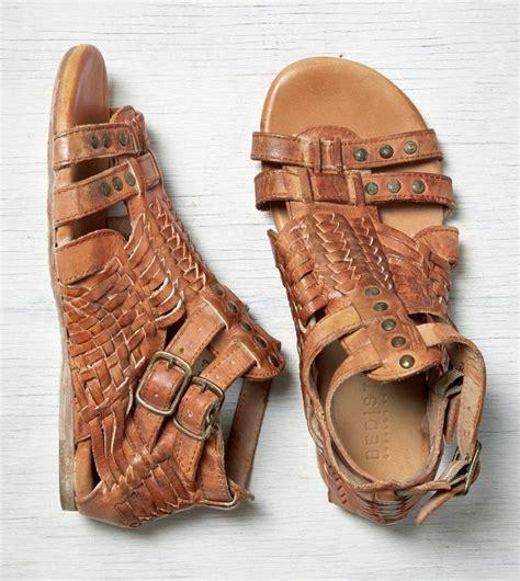 bed stu claire sandal tan bed stu claire sandal a c c e s s o r y pinterest tan sandals