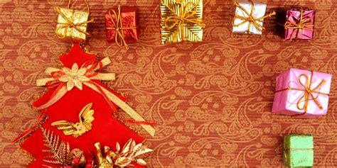 Dekorasi Dinding Lukisan Bunga Minimalis Merah tips dekorasi natal untuk dinding polos murah kursi sofa