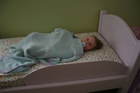 how to keep a toddler in bed how to keep toddler in bed 28 images how to get your