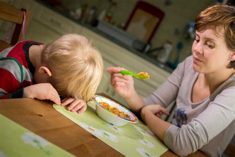picky eater 10 tips for getting a picky eater to eat friendship circle special needs