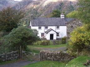 file tarn howes cottage jpg wikimedia commons