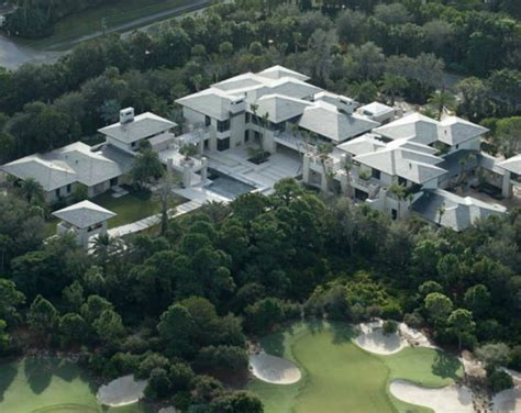 michael jordan s house exclusive michael jordan my huge jupiter home s not big enough gossip extra