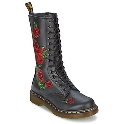dr martens basse fiori dr martens schoenen accessoires dr martens gratis