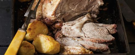 cucinare il capretto al forno cucinare il capretto al forno con patate agrodolce
