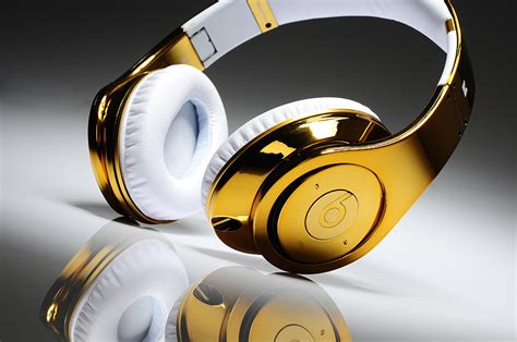 merk limited edition vers headphones wit studio goud earmuffs with pictures