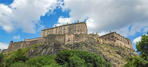 finding out in edinburgh scotland best things to do in edinburgh old town finding beyond