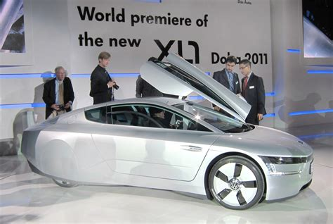 volkswagen taking 300 mpg xl1 into limited production