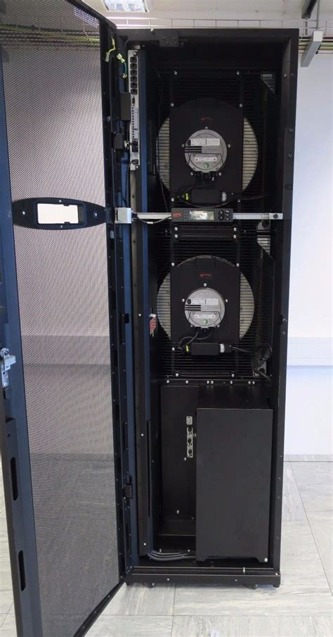 Apc In Rack Cooling by Apc Acrp102 Inrow Dx Rp 600mm Rack Air Conditioning