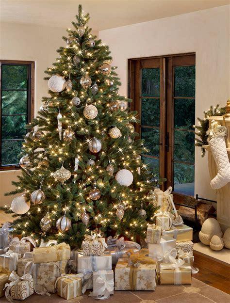 100 prelit christmas tree sets itself up moonlight