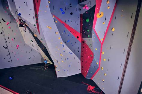 climbing wall design 187 engineering reports bodaciously awesome family show indoor rock climbing