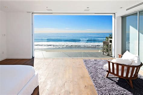 modern day malibu beach house combines modern interiors modern day malibu beach house combines modern interiors