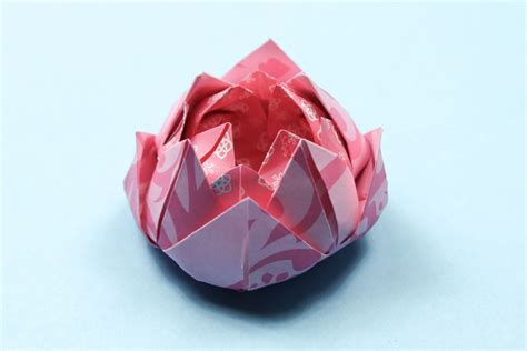 Origami Lotus Tutorial - easy origami lotus