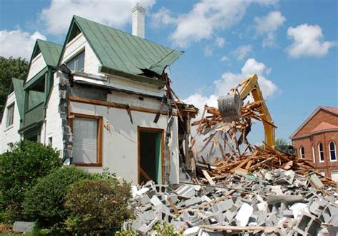 doyne burger davis demolished farmville