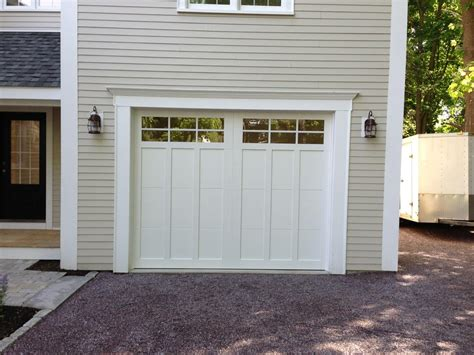 Haas Overhead Doors Haas American Tradition Model 922 Steel Carriage House Style Garage Door In White With Glazed 6