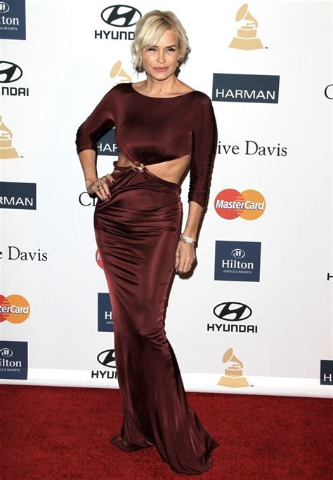 what size canvas yoland foster uses yolanda hadid picture 4 clive davis and the recording