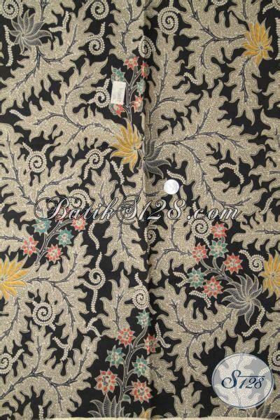 Baju Gamis Hitam Daun kain batik dengan motif daun daun besar berdasar warna