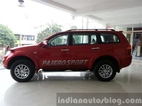 mitsubishi pajero sport 2014 2014 mitsubishi pajero sport facelift side india indian