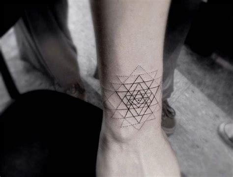 geometric tattoo artist in los angeles ch ch ch ch changes hvngry