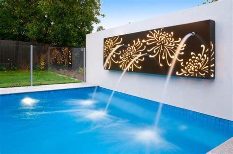 Wall Mural Designs d 233 coration jardin le r 244 le de la sculpture et de la