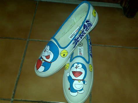 Sepatu Boods Doraemon Sbo313 2 sepatu doraemon www imgkid the image kid has it