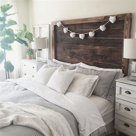 Wood For Headboard by Best 25 Wood Headboard Ideas On