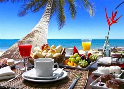 dieta pancia gonfia alimentazione in spiaggia con la pancia piatta grazie ai cibi giusti