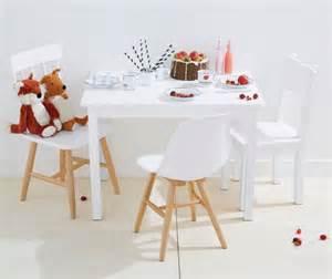 ikea tisch mit stühlen kindertisch und st 252 hle f 252 r drau 223 en bestseller shop f 252 r