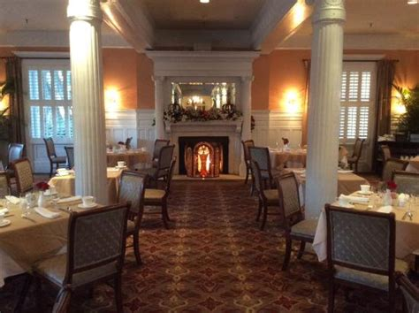 grand dining room walk to the pool picture of jekyll island club resort