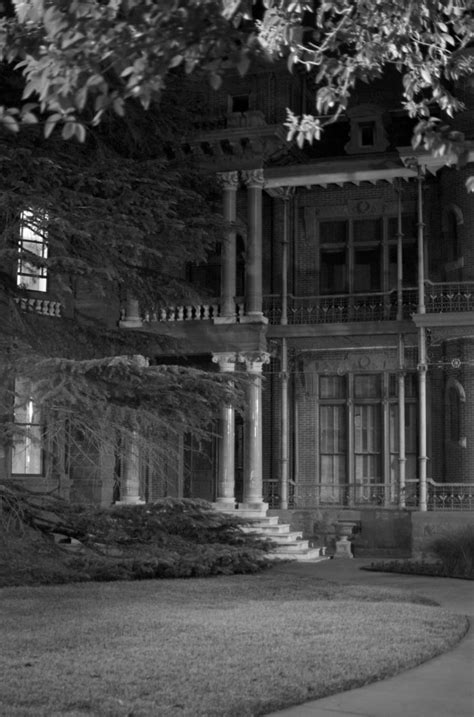 austin haunted house the story behind austin s most haunted house will give you nightmares