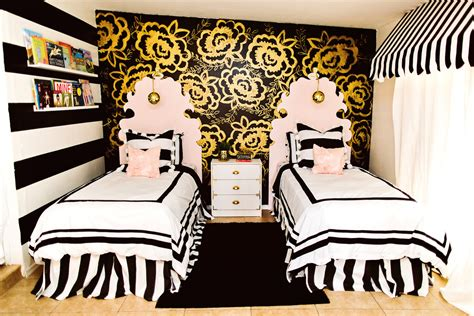 gold black and white bedroom black and gold girls bedroom