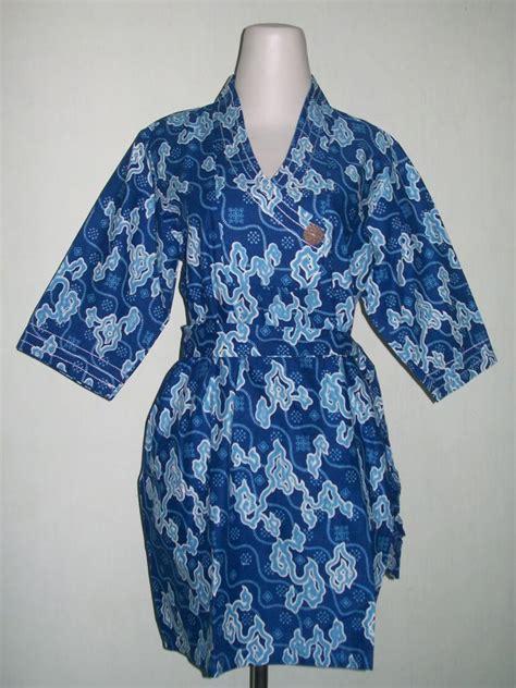 Celana Pendek Anak Bermotif Bahan Katun Catra Size S batik sarimbit murah mega mendung warna biru toko batik