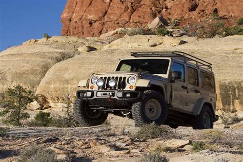 jeep safari truck jeep presents this year s concept trucks at the easter