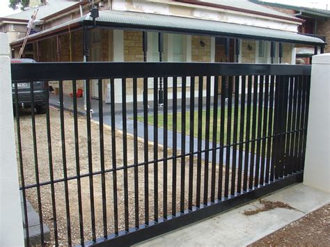 Modern Wrought Iron Gates And Fences Modern Fencing Modern Home Fencing And Gates