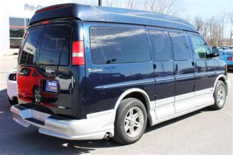 how things work cars 2007 chevrolet express 1500 navigation system sell used 2007 chevrolet express 1500 135 quot in 4740 n service rd st peters missouri united