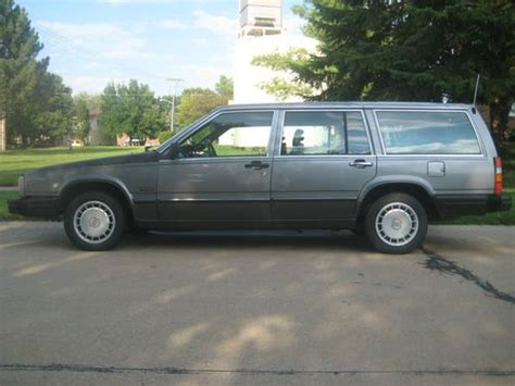 purchase used 1988 volvo 740 gle wagon 4 door 2 3l in