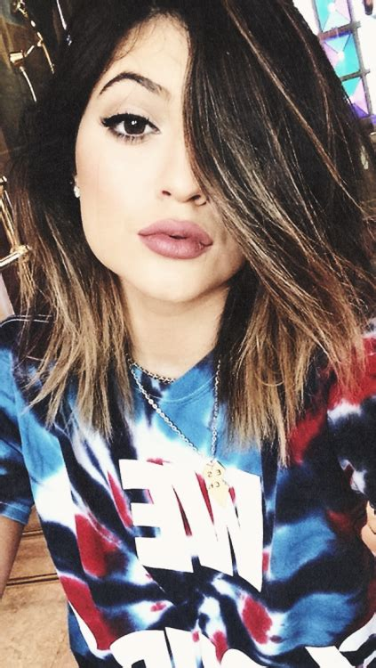 wallpaper tumblr kendall kylie jenner iphone backgrounds tumblr