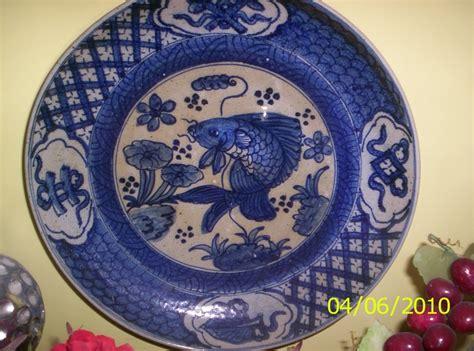 piring kuno gambar ikan terjual