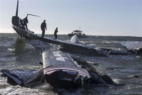 catamaran capsize in cape town towering america s cup boat recovered sfgate