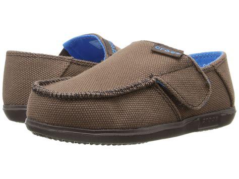crocs canvas loafers crocs santa canvas loafer toddler kid