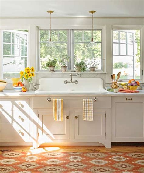 kitchen no cabinets the peak of tr 232 s chic kitchen trend no upper cabinets