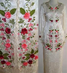 Bunga Palsu Gantung Bahan Silk Ready Stock Jakarta modern kebaya kebaya ummi