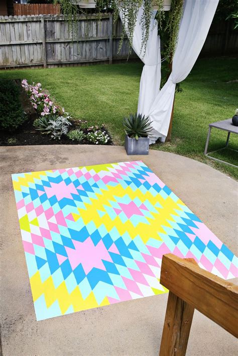 Painting An Outdoor Rug Such A Great Idea Outdoor Painted Rug Diy