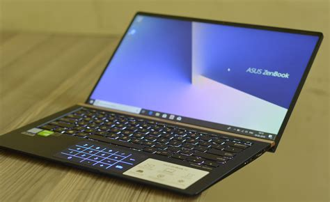 asus zenbook  uxf laptop review  compact performer