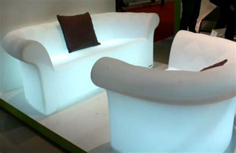 Bantal Sofa Club Ac Milan Bagus Keren bentuk sofa yang unik dan inovatif mata dunia