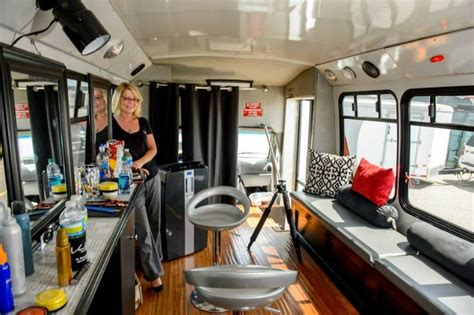 salon mobile 25 best ideas about mobile salon on
