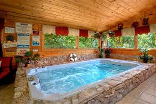 premium cabin near dollywood with indoor swimming pool